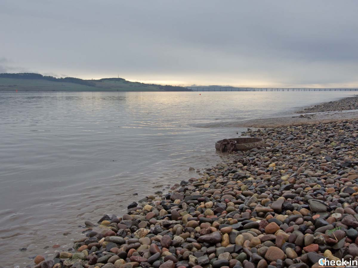 Tramonto sul Firth of Tay e la costa del Fife - Dundee, Scozia (Check-in Travel Blog)