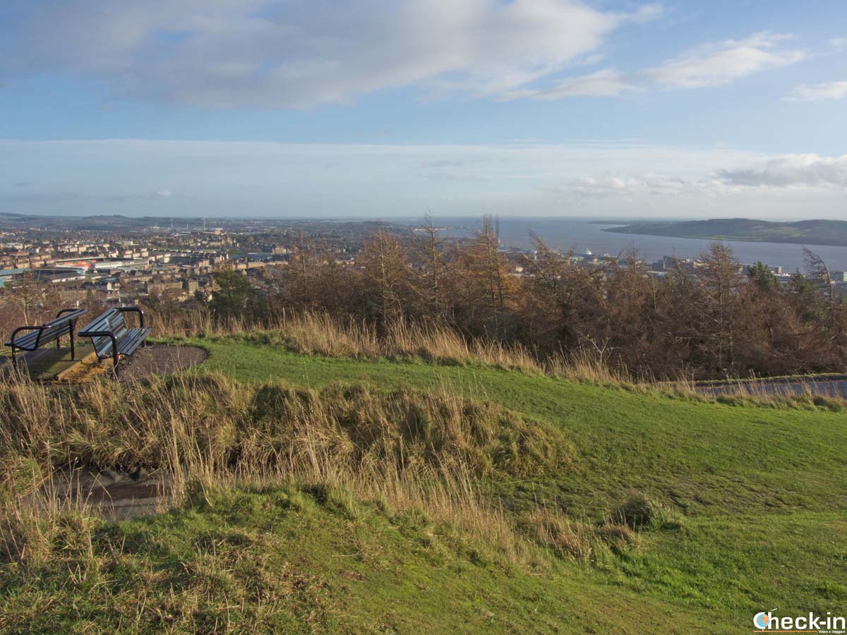 Vista panoramica da Dundee Law