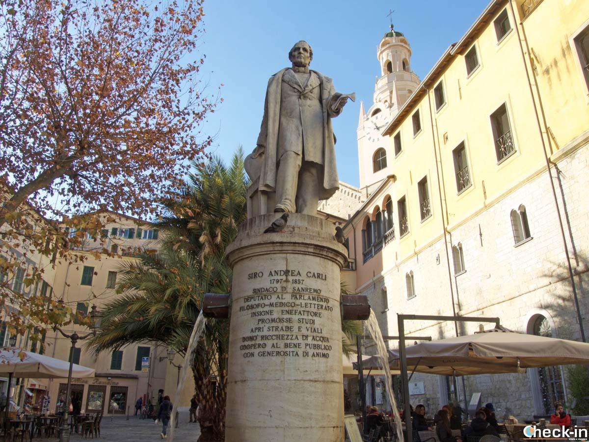 Piazza Carli - Centro storico di Sanremo (Liguria)