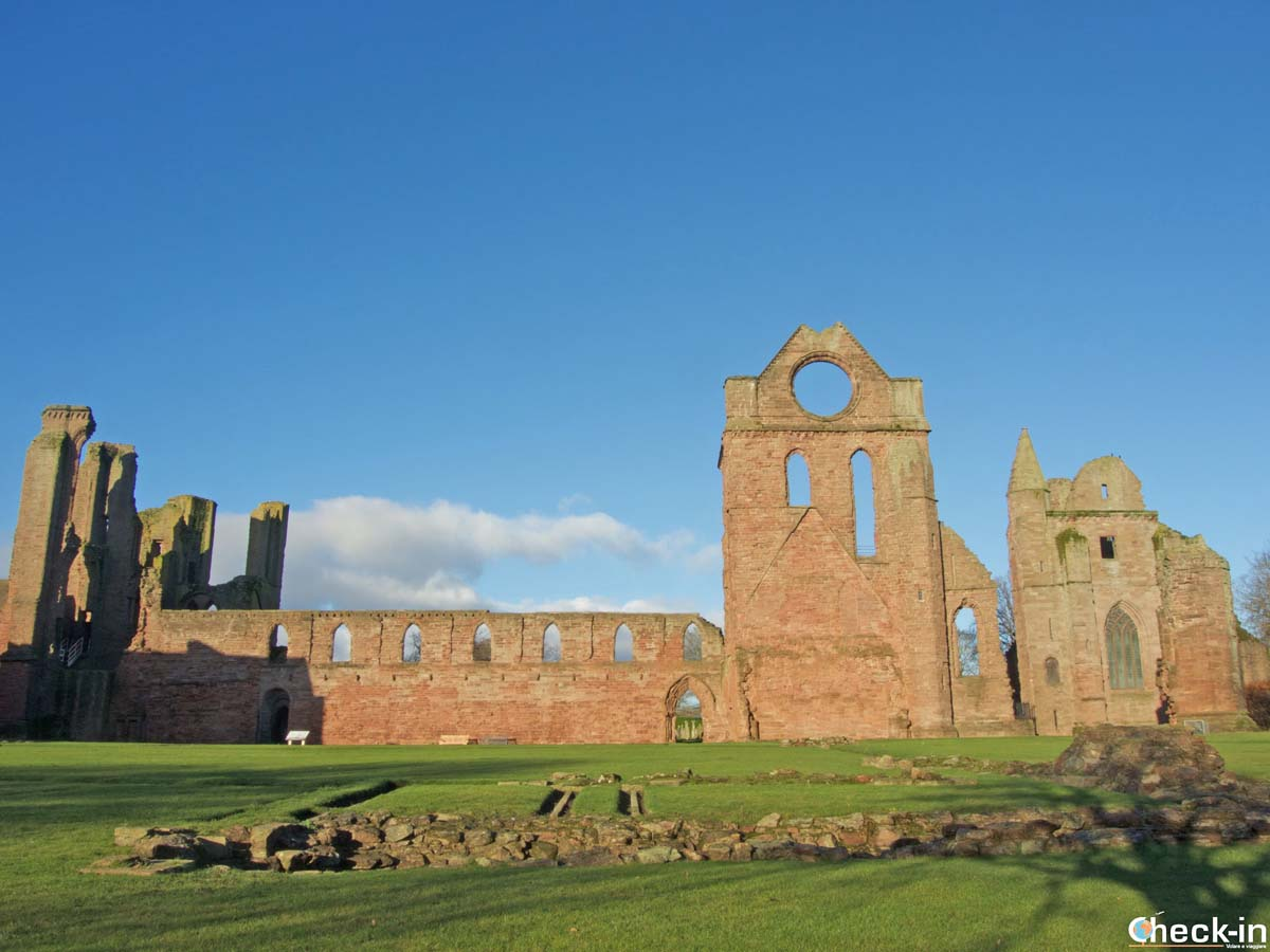 What to see in Arbroath: the Abbey | Check-in Travel Blog