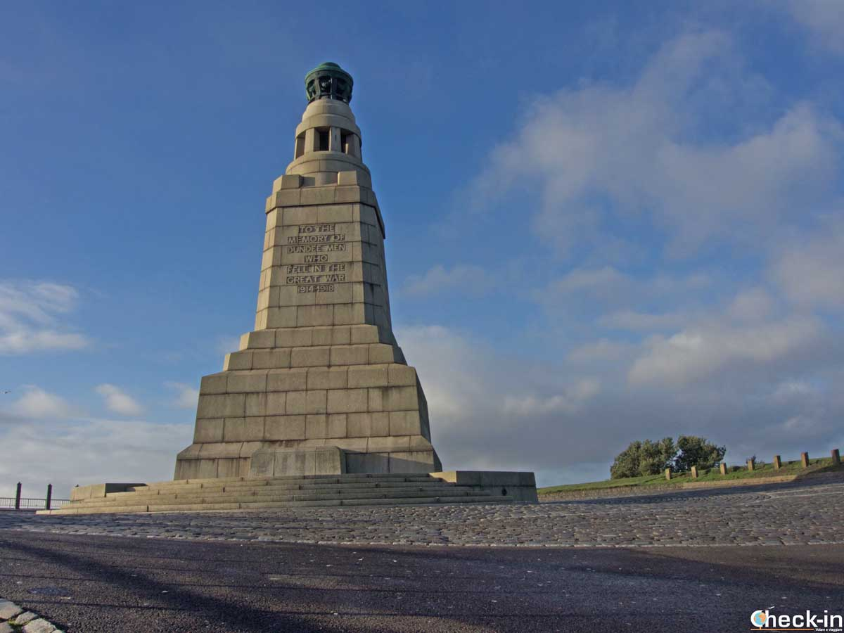 The War Memorial on the top of Dundee Law - East Scotland