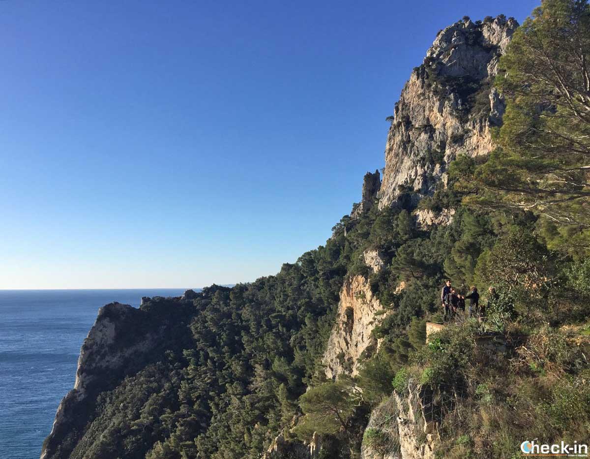 Vista di Capo Noli dall'Eremo d'Albertis - Liguria di Ponente
