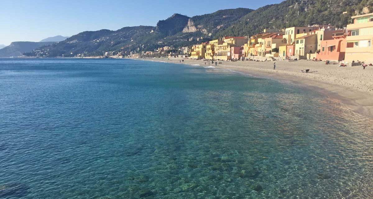 """Liguria a piedi, escursione tra Noli e Varigotti lungo la """"Passeggiata Dantesca"""" ed il """"Sentiero del Pellegrino"""" nella riviera di Ponente"""