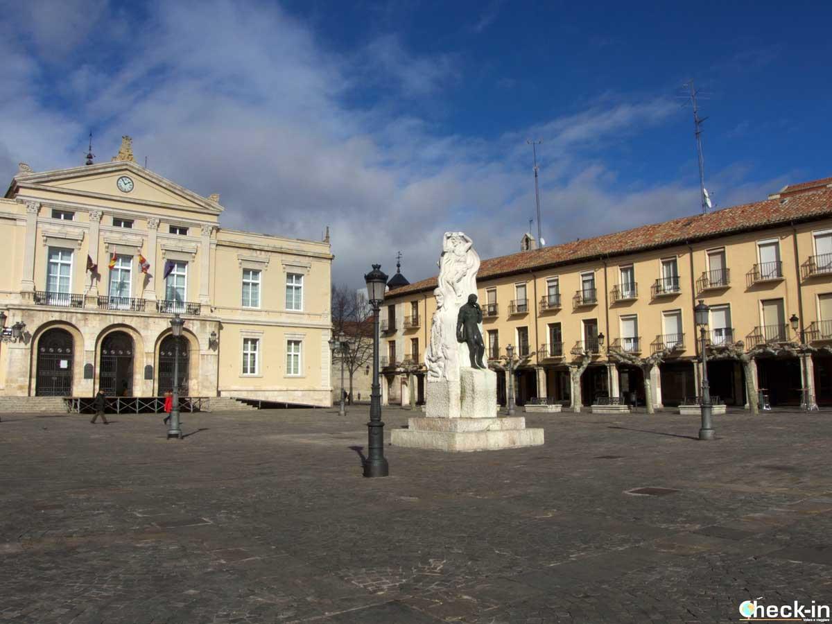 Scorcio della Plaza Mayor di Palencia (Spagna)