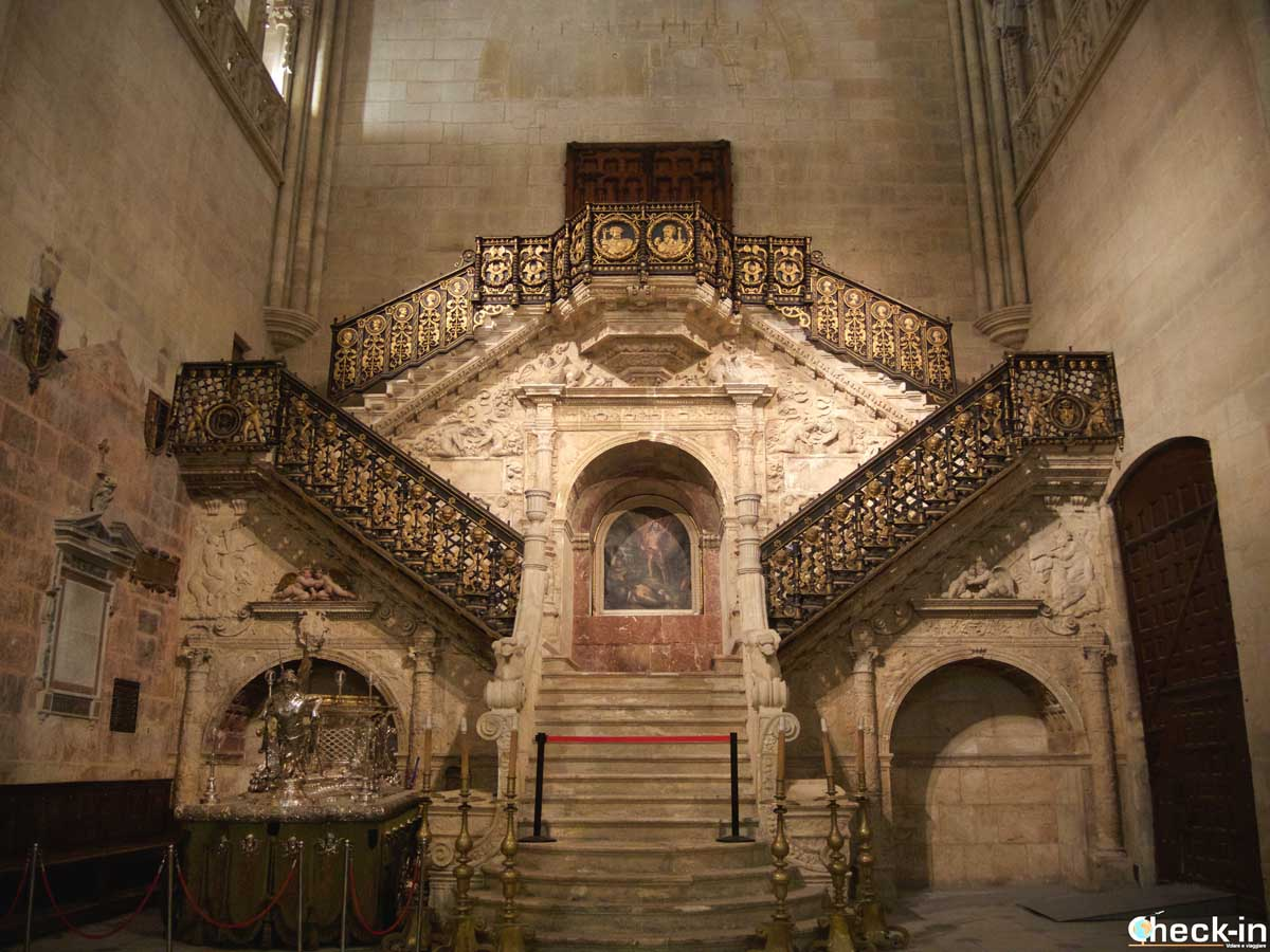 La Scalinata Dorata nella Cattedrale di Burgos - Castiglia e León