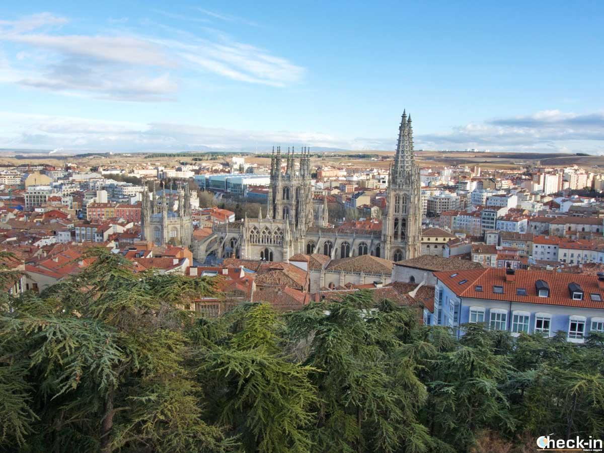 Vistazo de Burgos desde el Mirador del Castillo