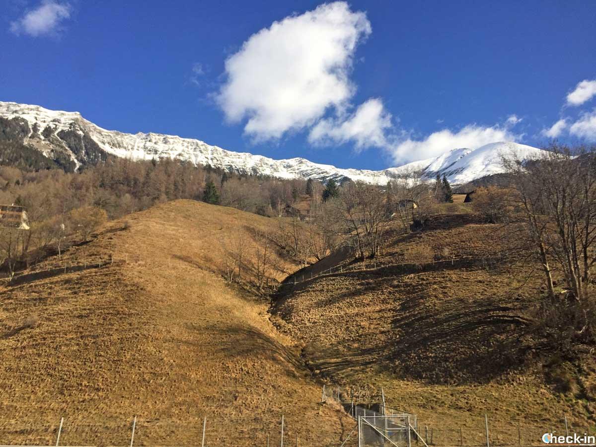 Scorci innevati svizzeri in viaggio con FlixBus verso l'Italia