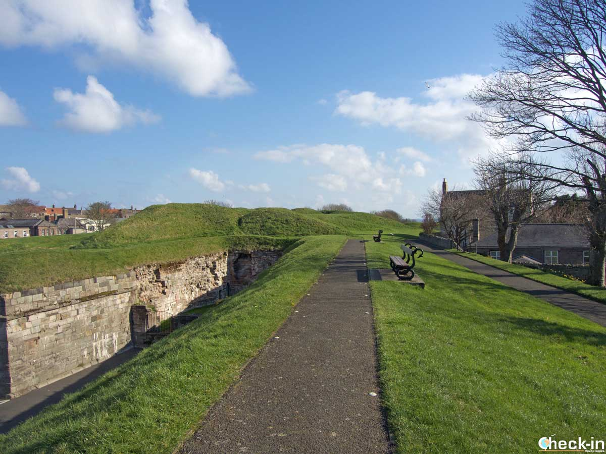Percorso sulle mura do Berwick-Upon-Tweed - Northumbria, Inghilterra