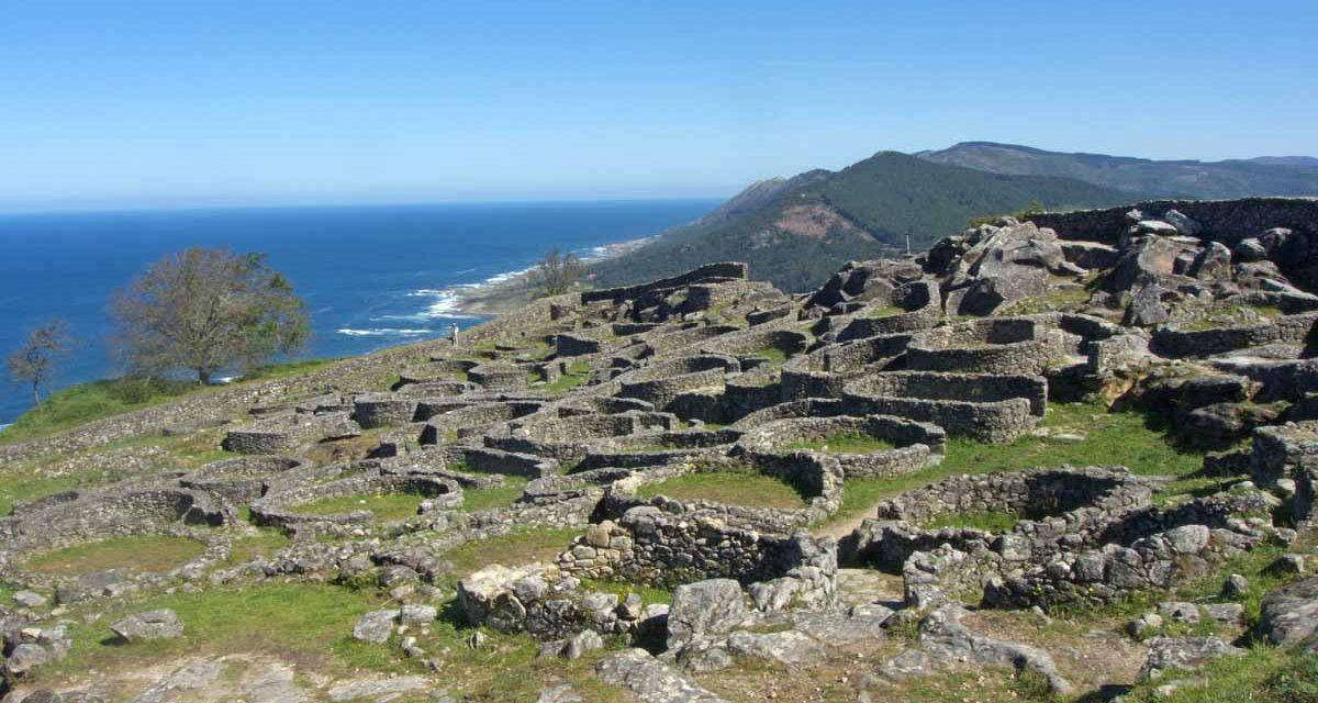 Viaggio in Galizia, itinerario di 7 giorni da Santiago alle Rías Baixas tra natura, storia e Cammino Portoghese