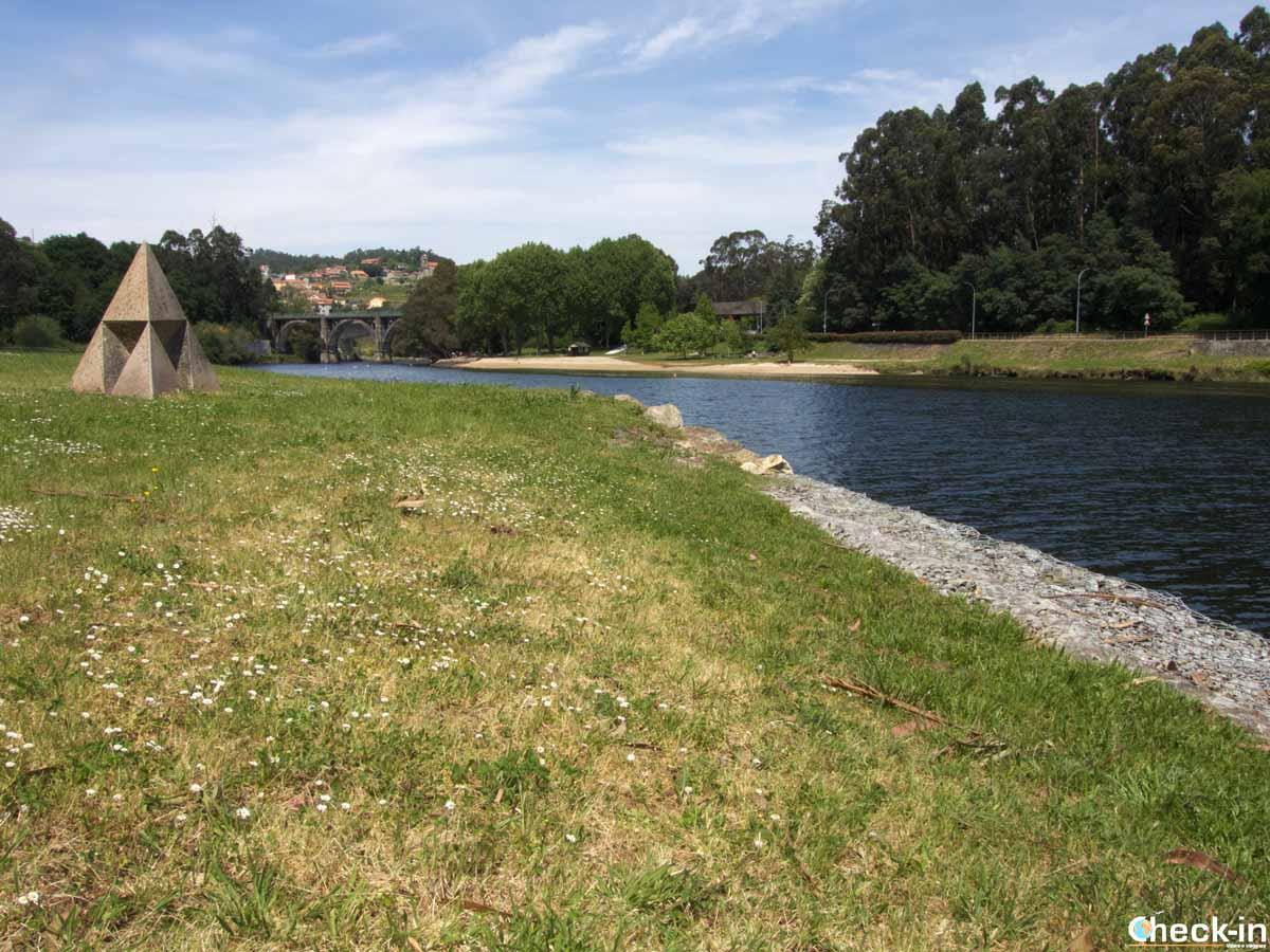 Cosa fare a Pontevedra: relax nella Illa das Esculturas