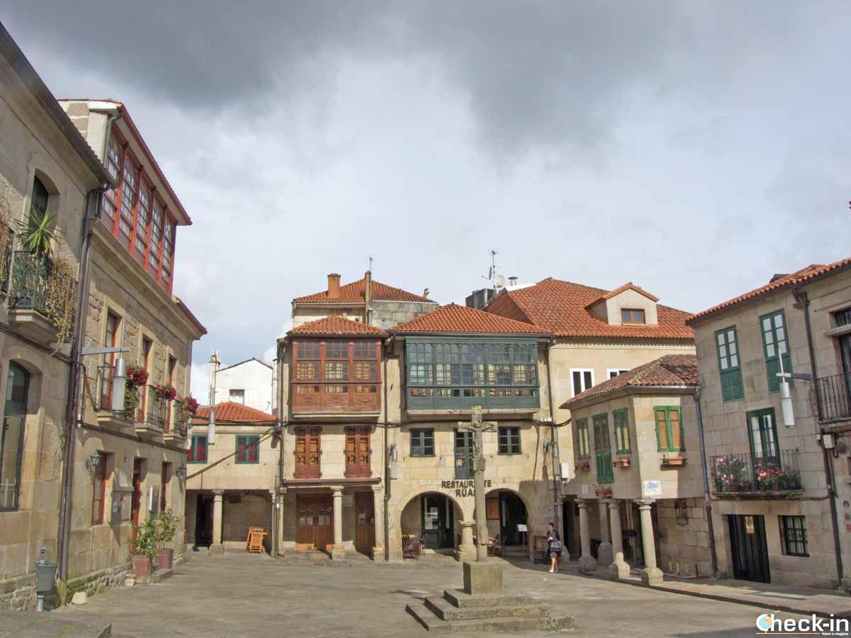 A spasso per le vie e le piazze del centro di Pontevedra