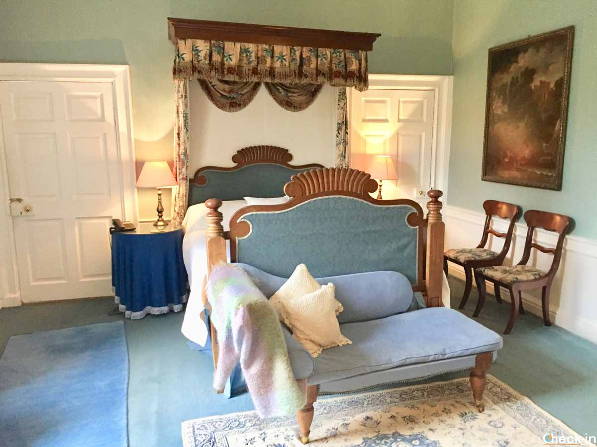 Blue Room della Traquair House a Innerleithen (Scozia)