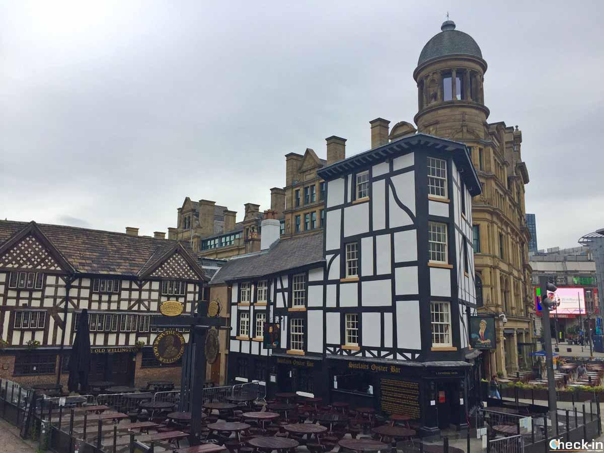 Shambles Square, il quartiere medievale di Manchester