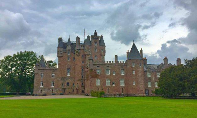 Glamis e Dunnottar, tour giornaliero in italiano dei castelli scozzesi con partenza da Edimburgo