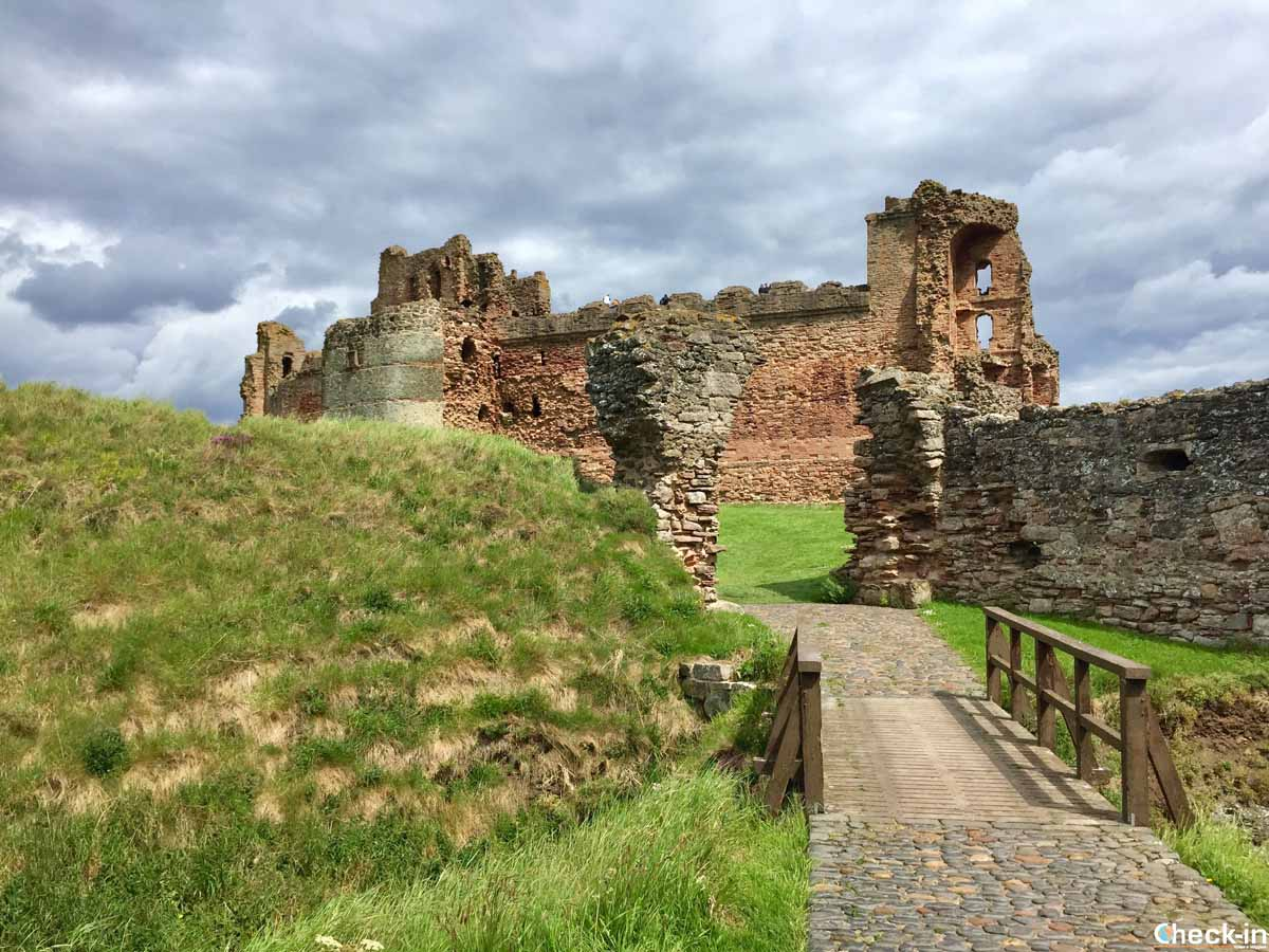 Visita di Tantallon Castle a North Berwick