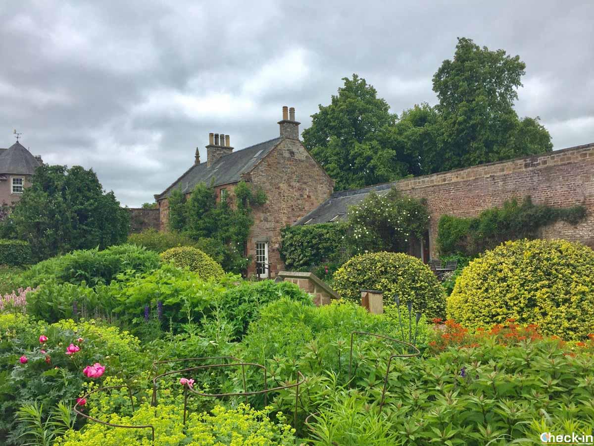 Cosa vedere a Melrose: il Priorwood Garden