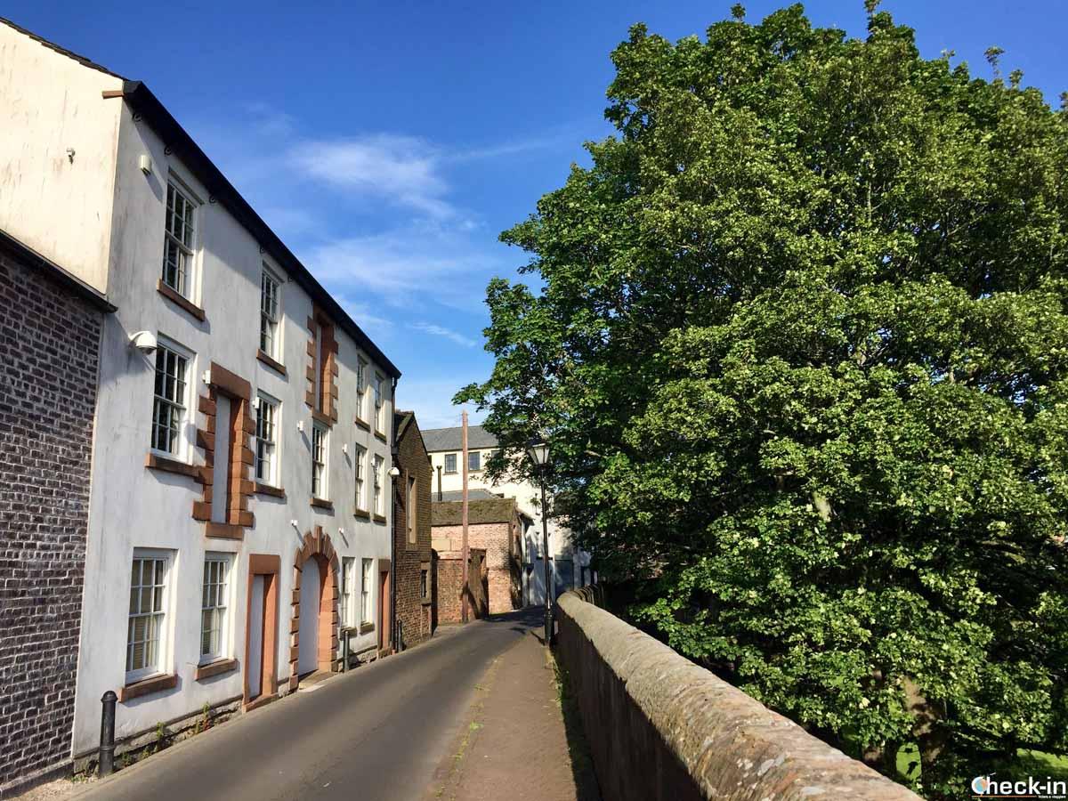 Le mura medievali di Carlisle (Inghilterra)