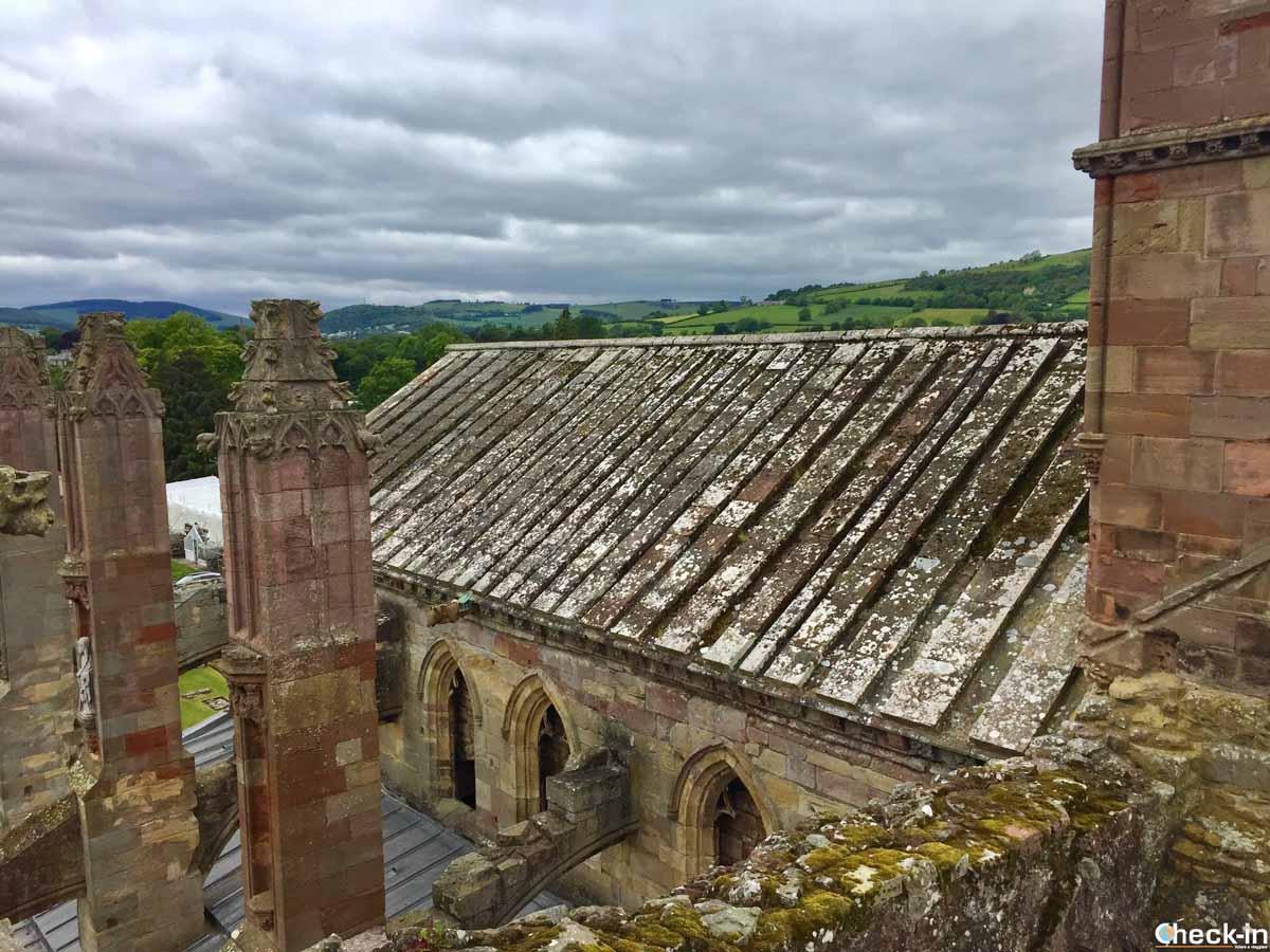 Visita della Melrose Abbey a sud di Edimburgo
