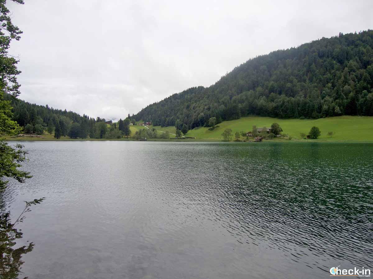 Passeggiate da fare in Tirolo: il lago Hintersteiner See a Scheffau