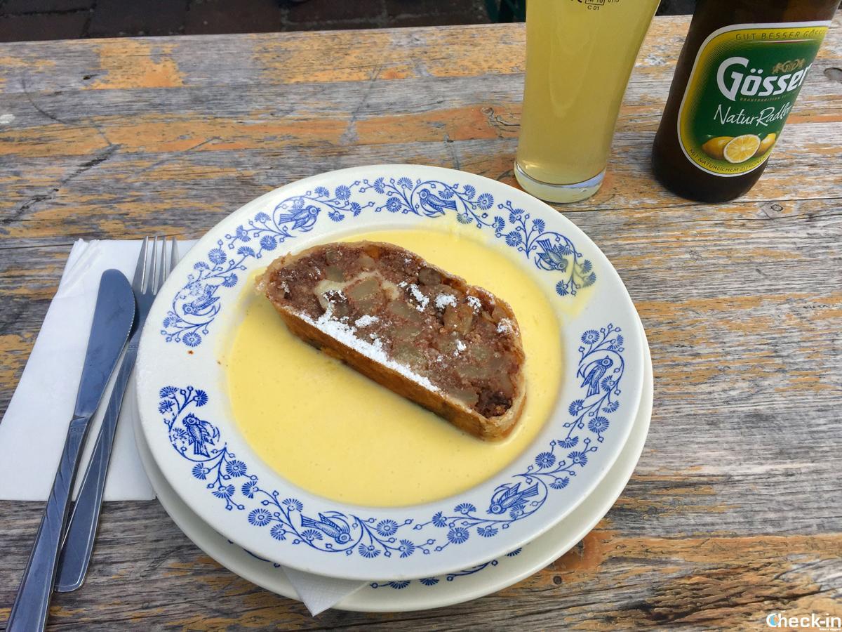 Cosa mangiare ad Innsbruck di tipico: lo Strudel