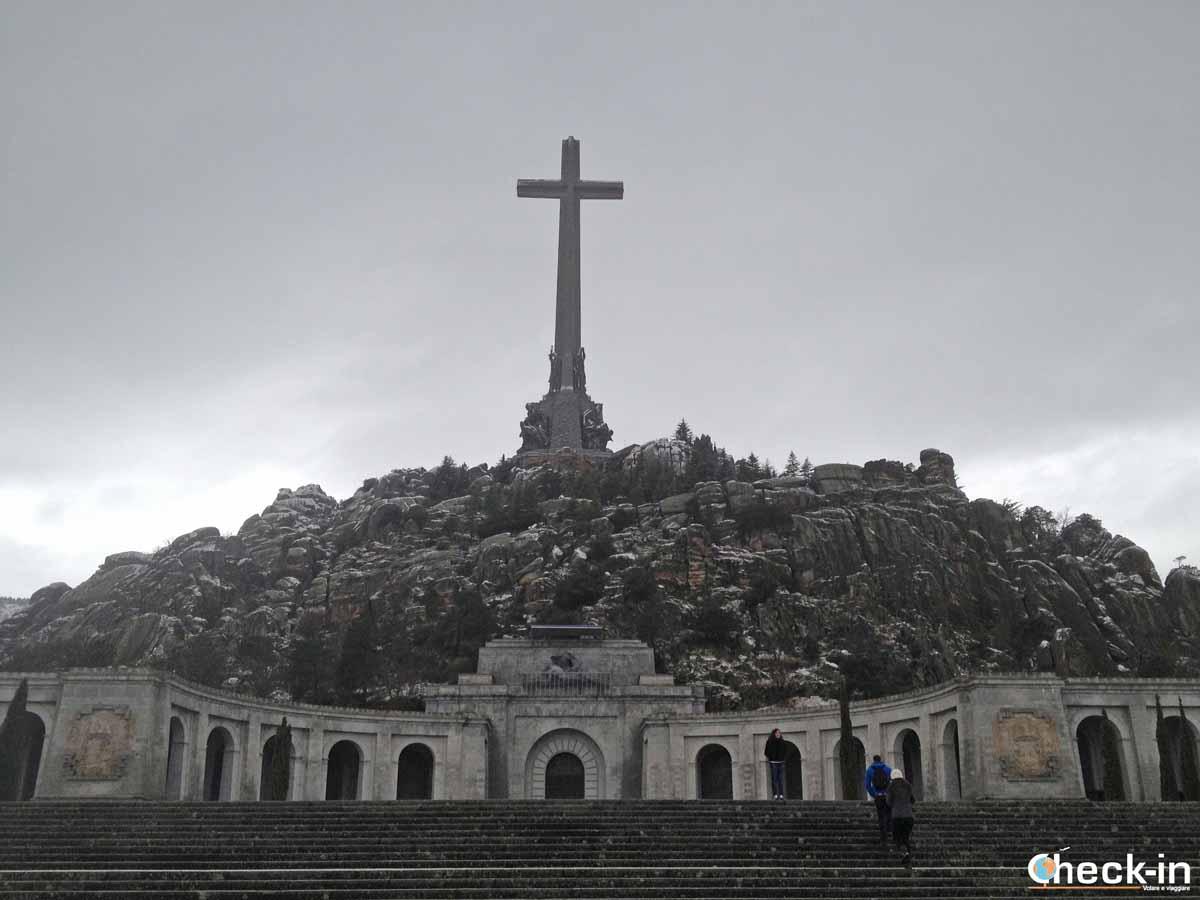 Visita della Basilica del Valle de los Caídos di Franco da Madrid