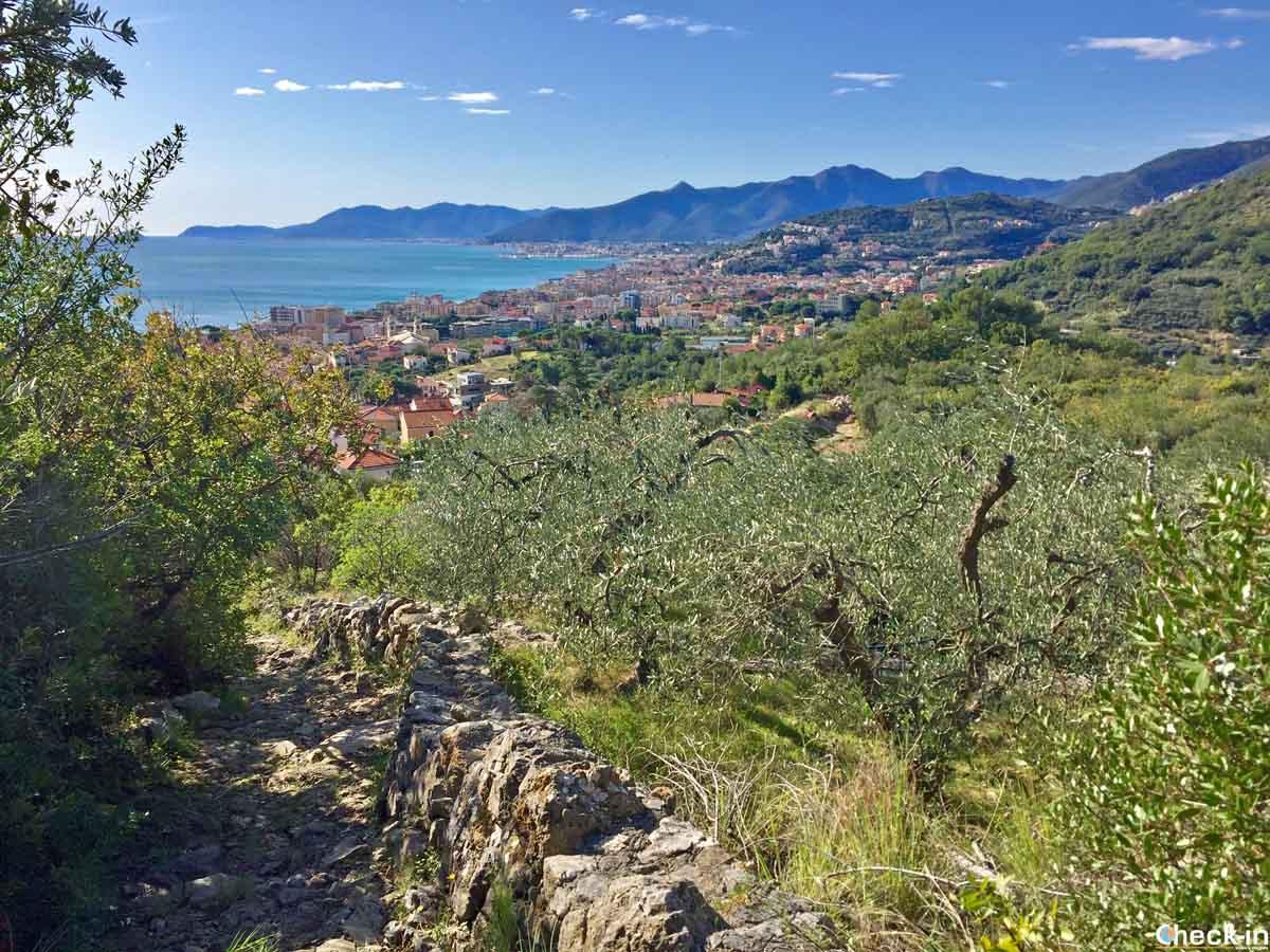 Escursionismo in Liguria - Comune di Borgio Verezzi
