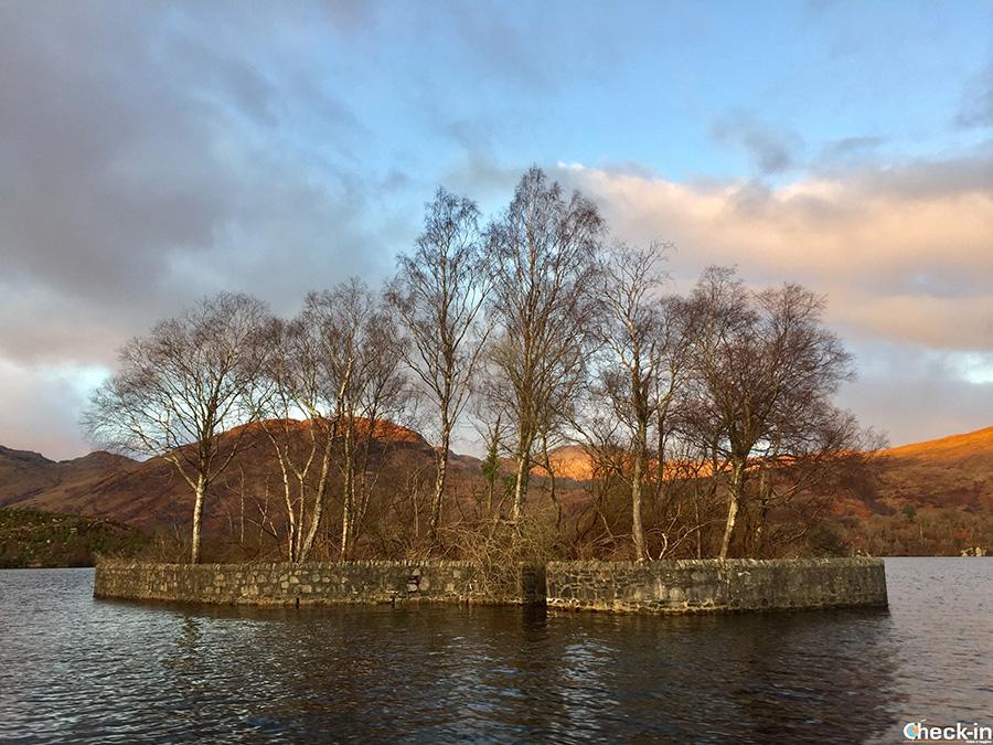 La Factor's Island nel Loch Katrine (Scozia centrale)
