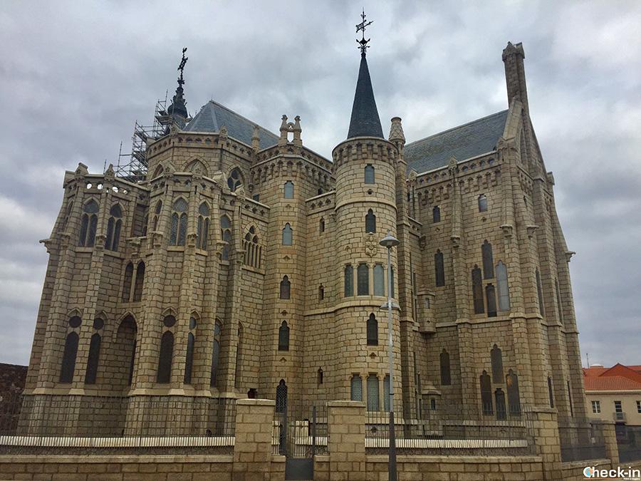 Palazzo Episcopale di Astorga progettato da Gaudí