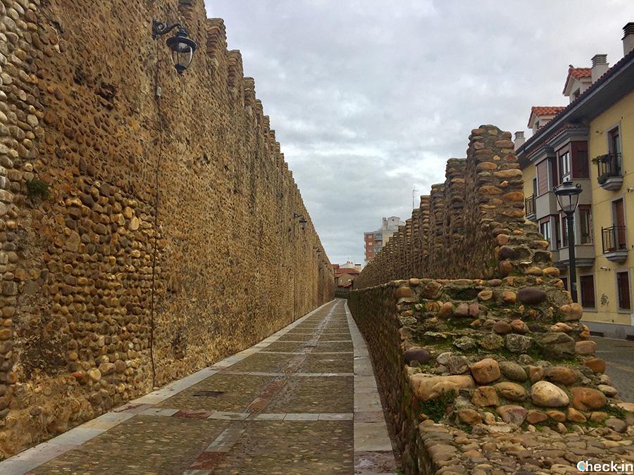 Perimetro delle mura medievali di León - Spagna del nord