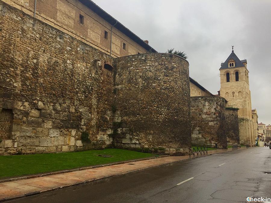 Resti romani di León (Spagna) - Le mura in centro