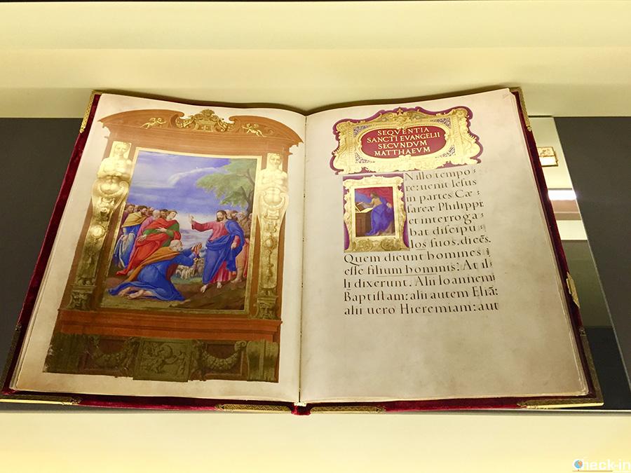 Mostra Templum Libri nel Castello di Ponferrada (Spagna del nord)