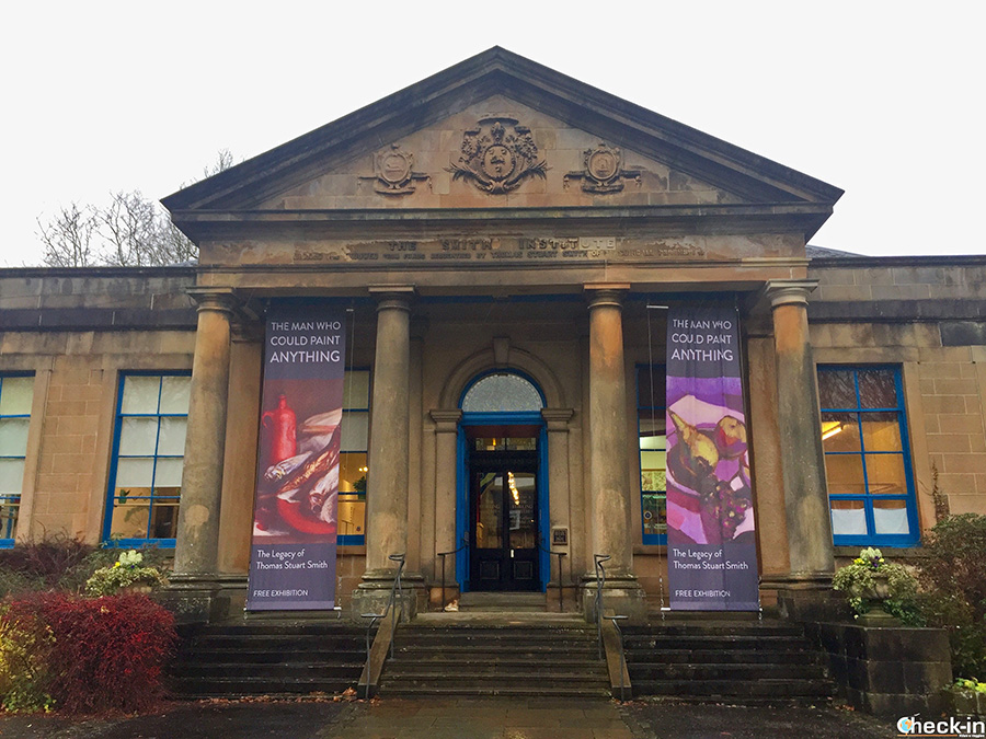 What to see in Stirling in 2 days - Smith Art Gallery & Museum