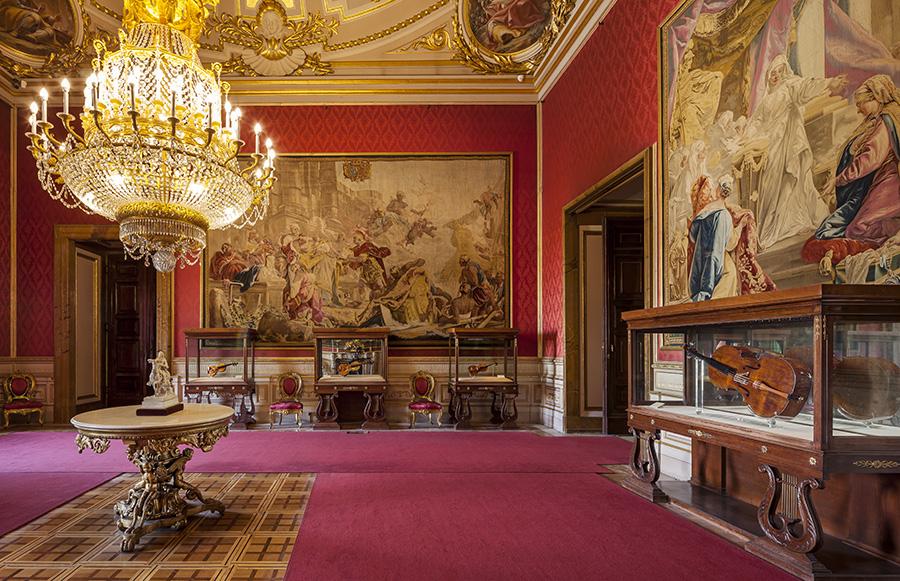 I violini Stradivari esposti al Palacio Real di Madrid