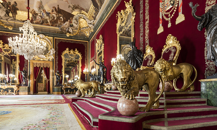 Salón del Trono al Palazzo Reale di Madrid - Spagna centrale
