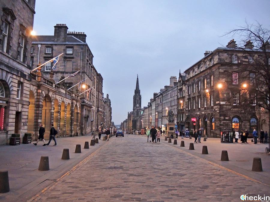 Historia negra de Edimburgo - Tour de los fantasmas en español de la Royal Mile
