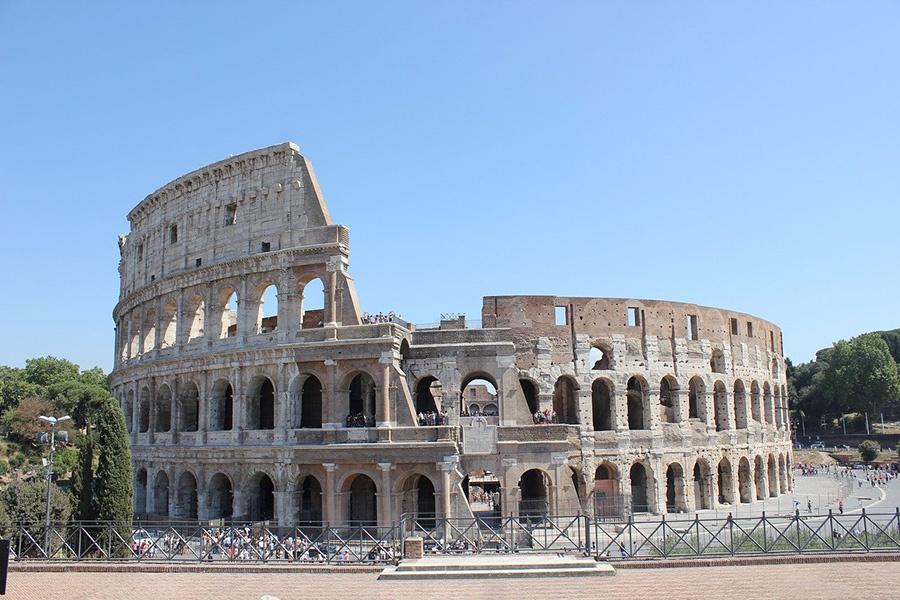 Luoghi simbolo della Roma antica - Colosseo (Anfiteatro Flavio)
