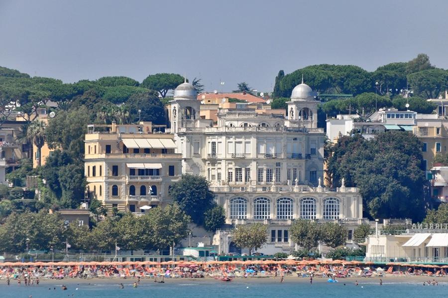 Paesi nel litorale laziale vicino a Roma: Anzio