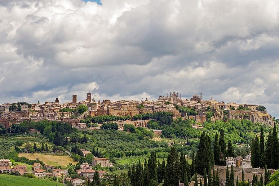 Gita in treno da Roma per visitare il Duomo di Orvieto