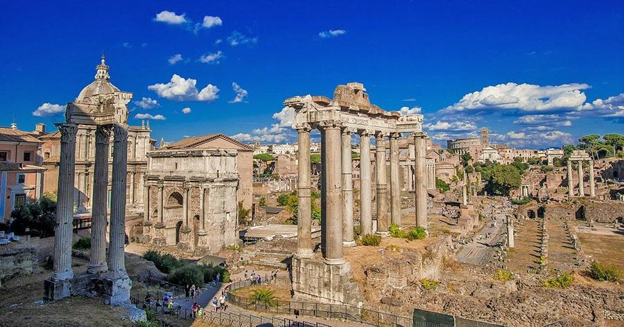 7 esperienze da fare a Roma - Visita dei Fori Imperiali