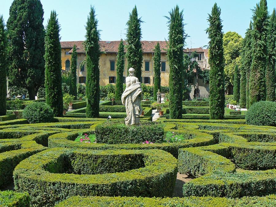 12 cose da fare e vedere a Verona in 2 giorni: giardini all'italia di Palazzo Giusti