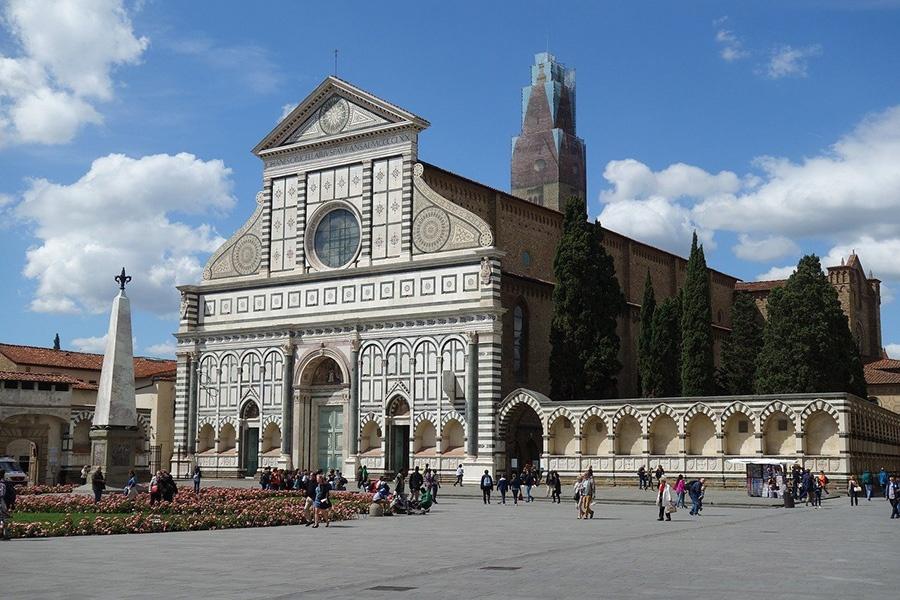 Itinerario a piedi per visitare Firenze: Chiesa di S. Maria Novella