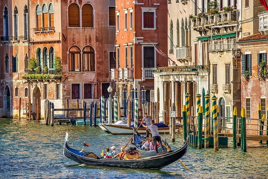 Prenotazione online del tour in gondola a Venezia (Canal Grande)