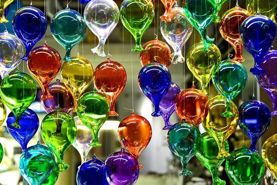 Come viene lavorato il vetro a Murano (Venezia)