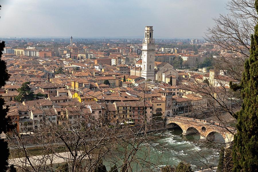 Luoghi imperdibili a Verona: Belvedere di Castel San Pietro