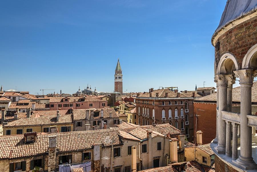 Luoghi insoliti a Venezia: Scala di Palazzo Contarini del Bovoli