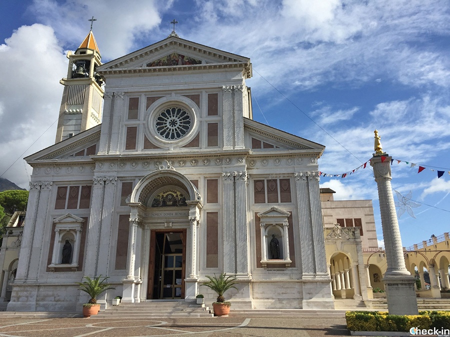 Day trip from Genoa to Arenzano - Liguria, Northern Italy