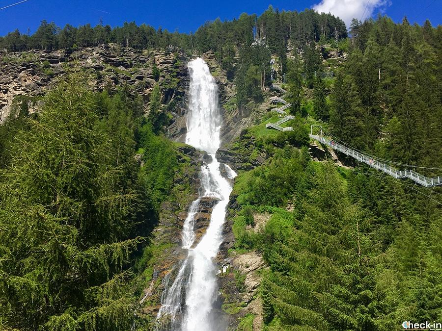 Attrazioni naturali dell'Ötztal: cascata Stuibenfall a Umhausen, la più grande del Tirolo