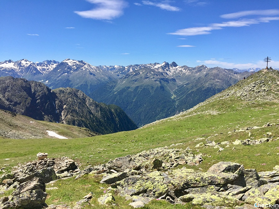 Vista panoramica delle cime dell'Ötztal dalla Wetterkreuz - Oetz, Tirolo