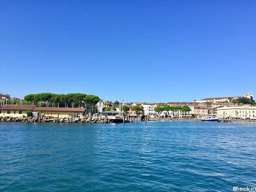 Scorcio del centro storico di Desenzano affacciato sul Lago di Garda