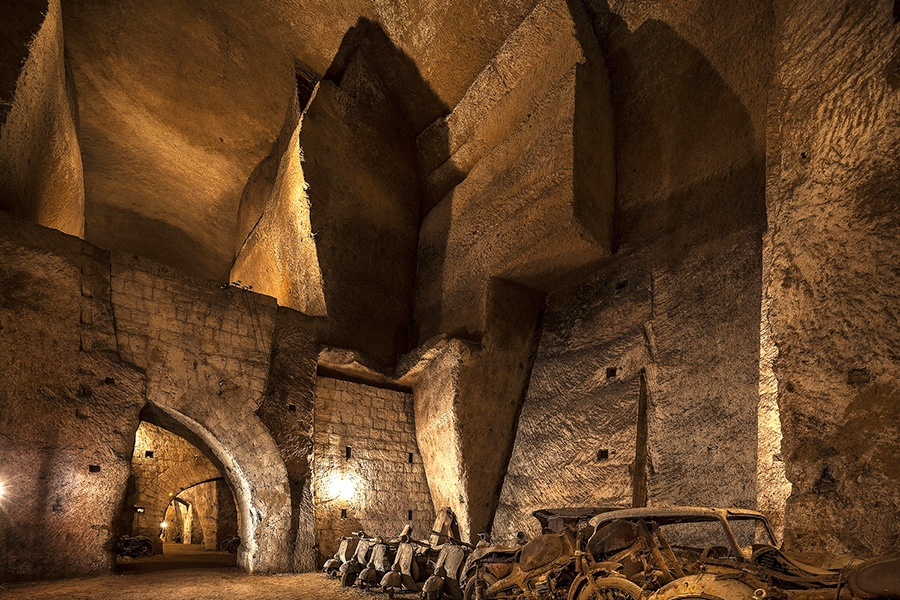 """Top attractions to visit in Naples: """"Bourbon Tunnel"""" in the city centre"""
